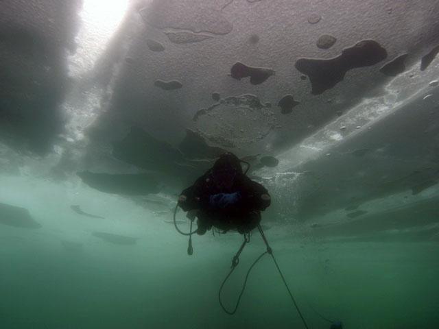 Nurkowanie podlodowe na mazurach-Jezioro Łęsk
