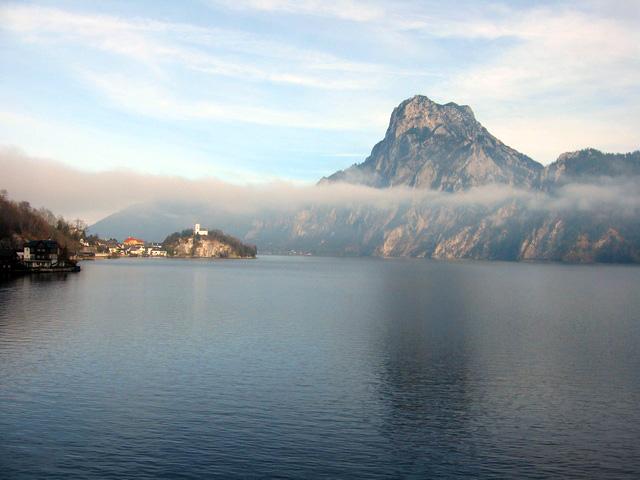 Zanurkuj w górskich jeziorach - Attersee, Austria
