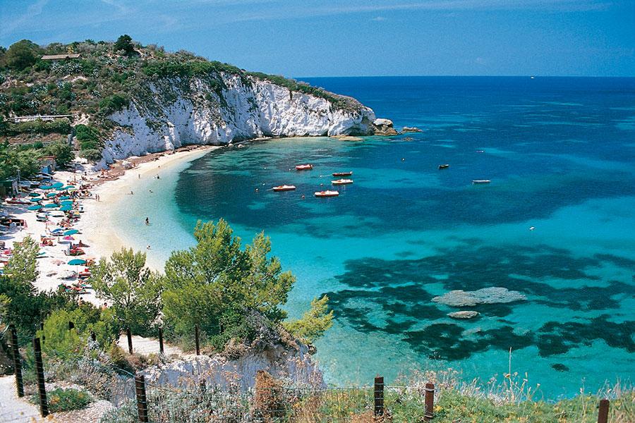 Nurkowanie Włochy – safari nurkowe po najpiękniejszych zakątkach Morza Liguryjskiego