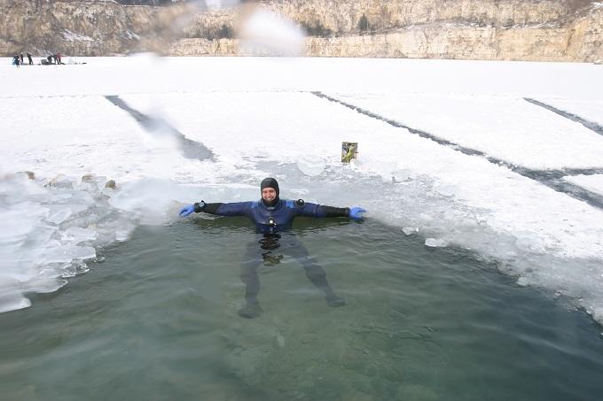 Wyprawy nurkowe - nurkowania podlodowe