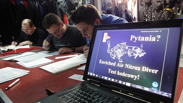 Szkolenia nurkowe - Nurek Nitroxowy